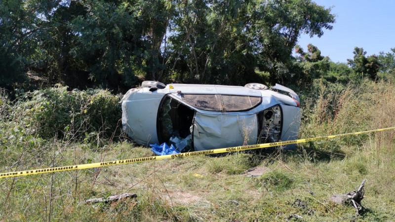 Fallece una persona en accidente automovilístico sobre la carretera a la Arenitas