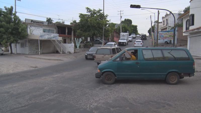 No prende semáforo por ciudades hermanas y 21 de marzo