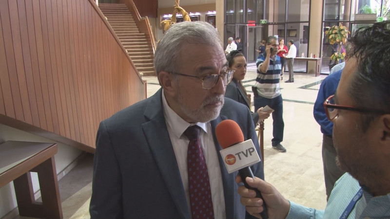 Diputados deben de tener la capacidad para superar crisis: Rubén Rocha M.