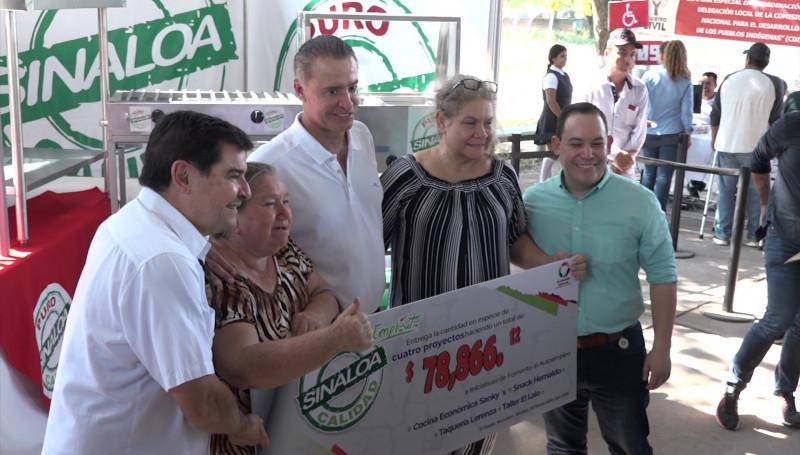 """Llevan Jornadas de Apoyo """"Puro Sinaloa"""" hasta El Roble"""
