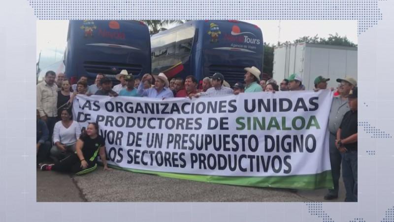 Productores agrícolas de Sinaloa salen rumbo a la Ciudad de México en busca de mejor presupuesto al campo