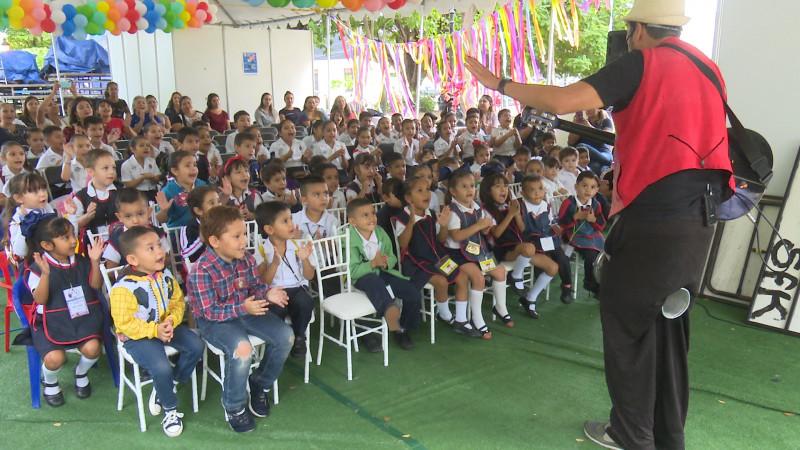 Inician actividades en la feria internacional del libro