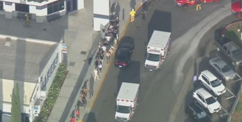 Reportan tiroteo en secundaria de Santa Clarita, California