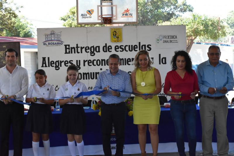 """""""País que no invierta en educación está condenado a la barbarie"""": Dr. Pineda."""