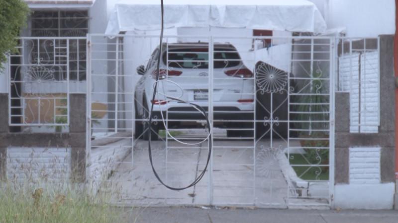 Cables colgando por el Boulevard Las Américas