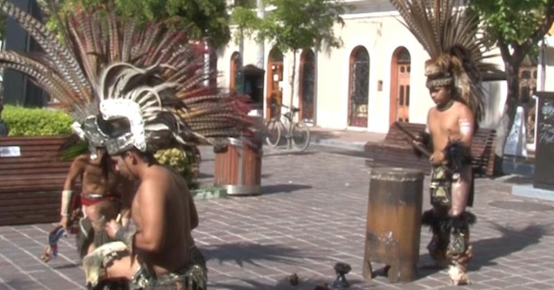 Jóvenes buscan levantar raíces mexicanas a través de danzas prehispánicas