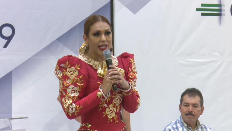 Inauguran maquiladora en San Blas