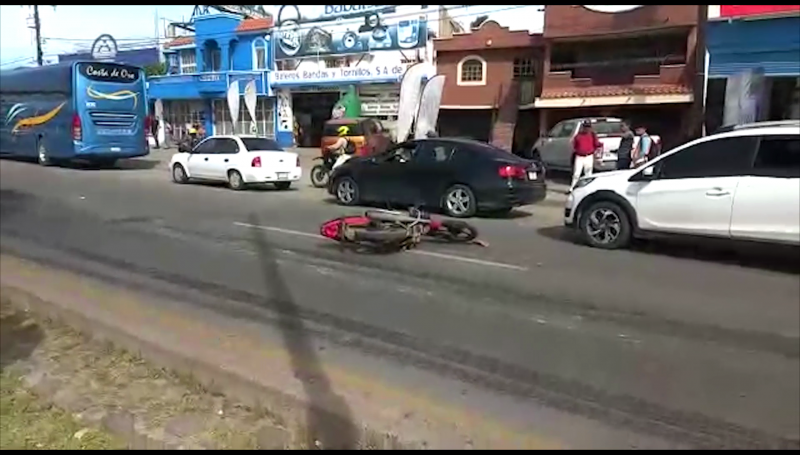 Muere motociclista en accidente