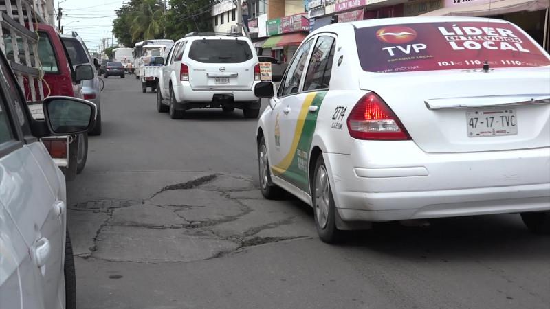 Son calles de Mazatlán, 'campos de batalla'