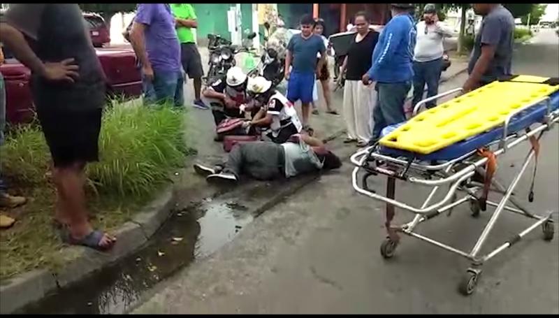 Motociclista lesionado en accidente