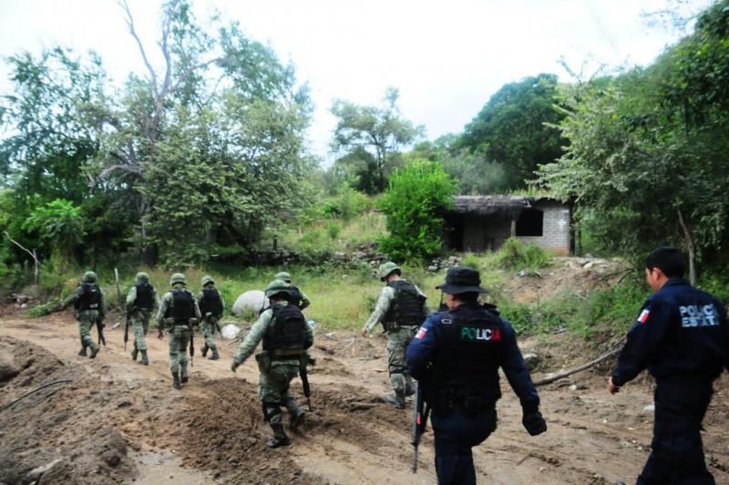 Operativo en Mocorito para ubicar a grupos armados