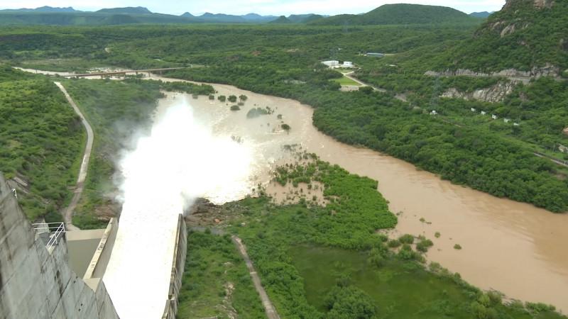 Mantiene protección civil alerta por trasvaso de agua de las presas