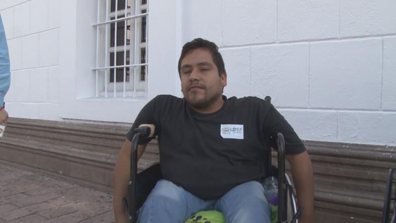 Necesidad de pavimento en la comunidad de Aguaruto