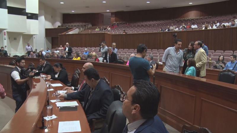 Diputados acuerdan citar a comparecer a la titular de la ASE