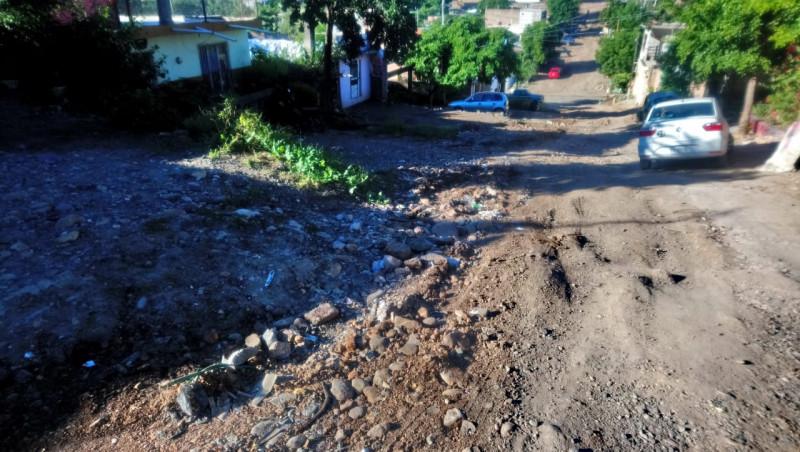 Sin pavimentar calles en la Lázaro Cárdenas