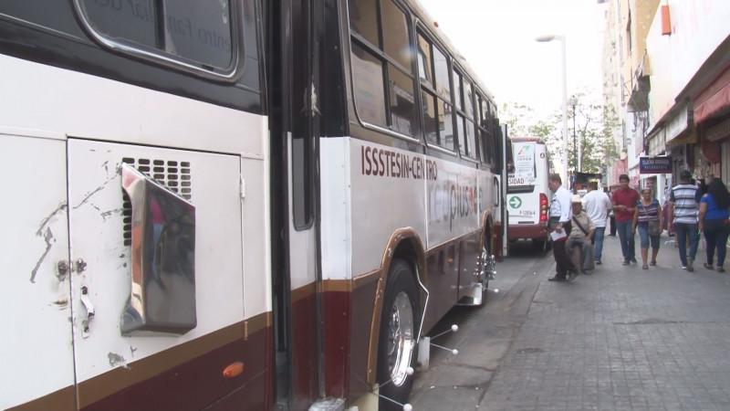 """Pide Sindicato de Choferes que concesionarios eliminen los """"truenos"""" para evitar accidentes en el transporte público"""