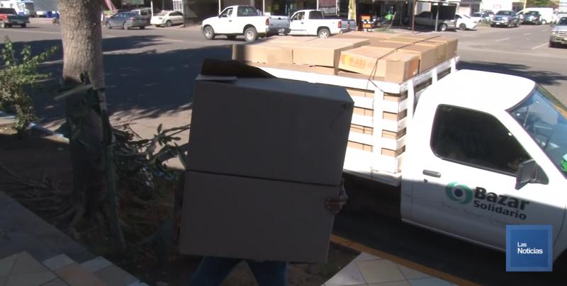 Bazar Solidario dona cien cajas al Regalo de Alegría 2019