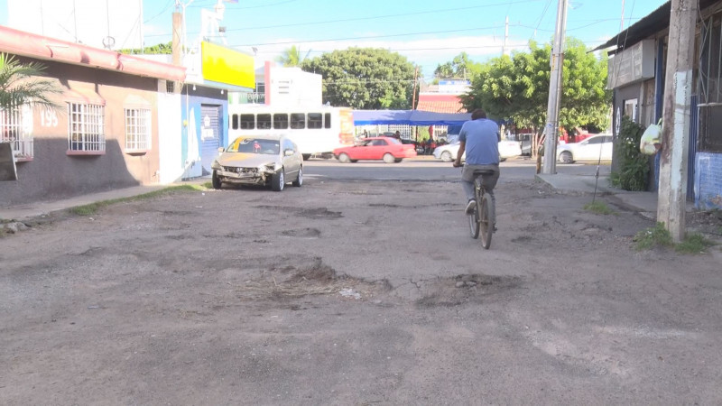 Calle Matías Lazcano en mal estado