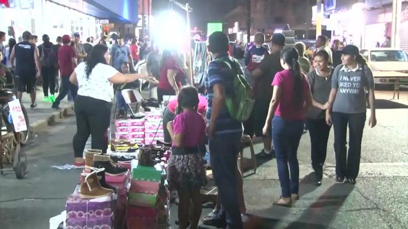 Alistan tradicional venta navideña en el Centro