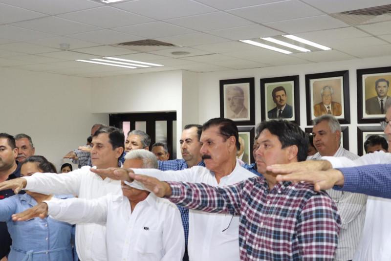 Asume Luis Fernando Velázquez la dirigencia de la Unión Ganadera Regional de Sinaloa