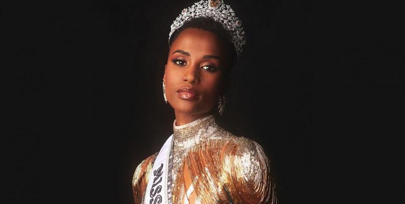 Polémica por video de Miss Universo limpiándose las lágrimas con billetes