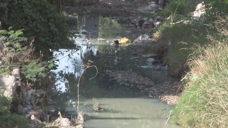 Muy mal las condiciones del arroyo en la Toledo Corro