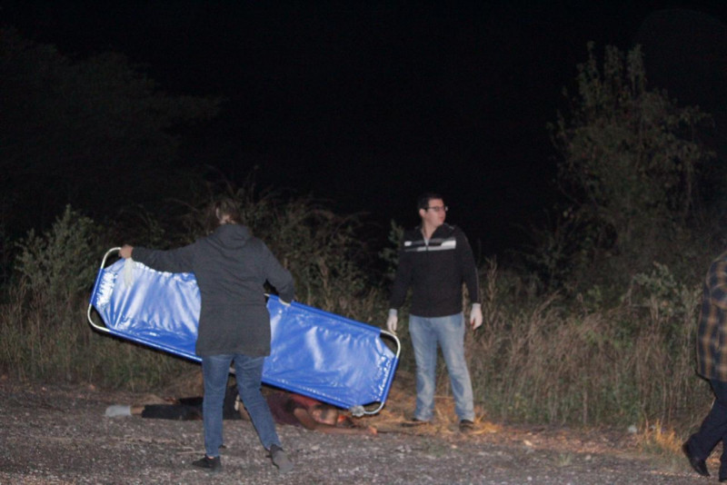 """Dejan  dos cuerpo al pie del cerro de """"La Campana"""""""