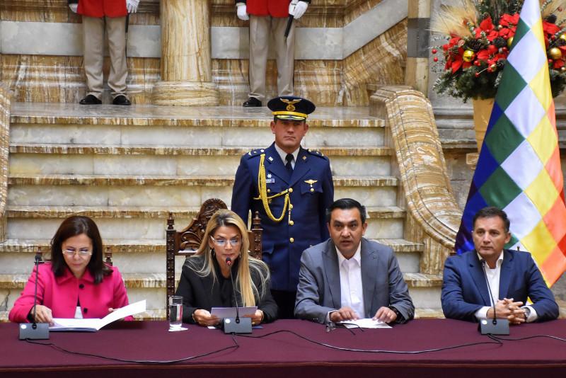El Gobierno de Bolivia expulsa a embajadora de México
