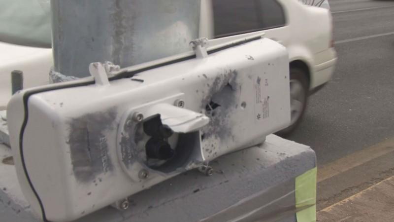 """Durante el festejo de """"Año Nuevo"""" disparan contra cámaras de vigilancia en Culiacán"""