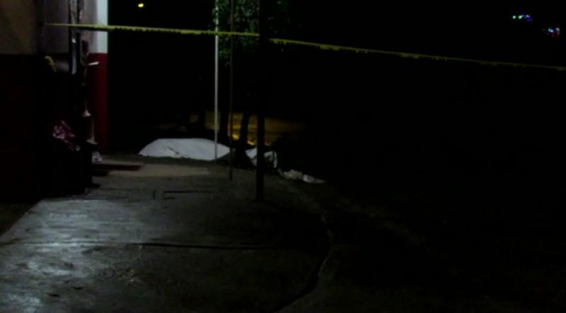 Hombre se cae de un segundo piso y pierde la vida