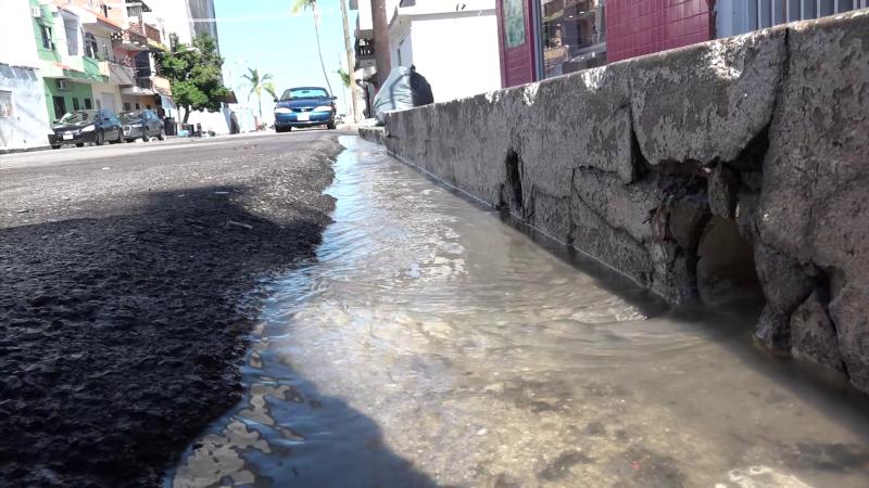 Piden a JUMAPAM arregle desperfecto de drenaje