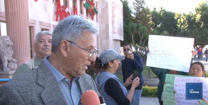 Demandan cocoreños instalaciones para la Casa del Adulto Mayor; secretario afirma que no hay recursos para las reparaciones