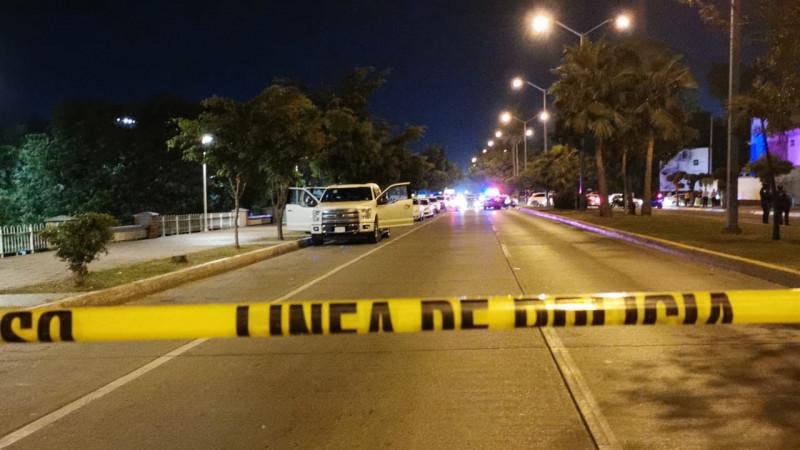 """Asesinan a joven sobre el """"Malecón Nuevo"""""""