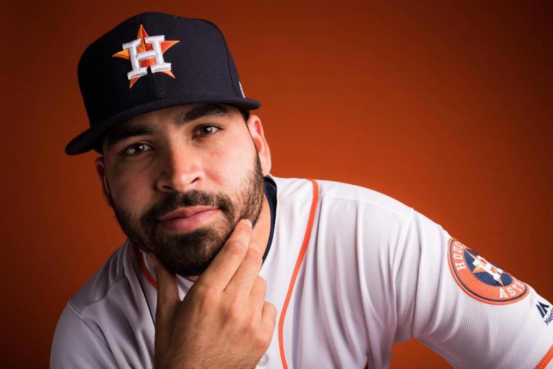Urquidy y Pérez: Dos mexicanos buscan la gloria en la MLB