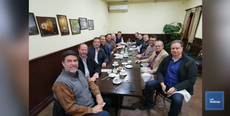 Se reúnen Ex presidentes de la Cámara de Comercio en Cajeme