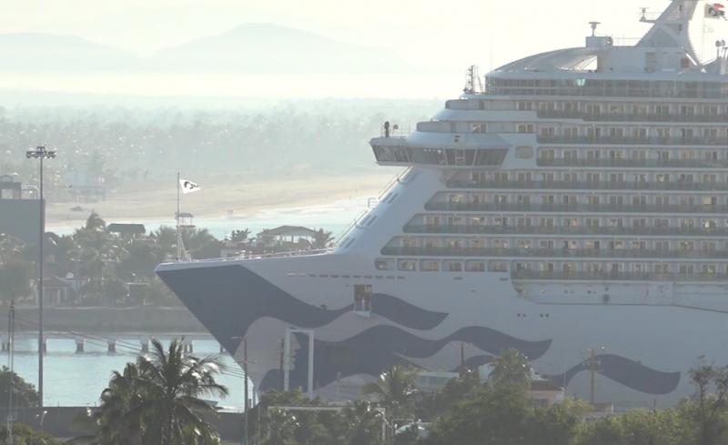 Llegada de cruceros reactiva economía en Mazatlán