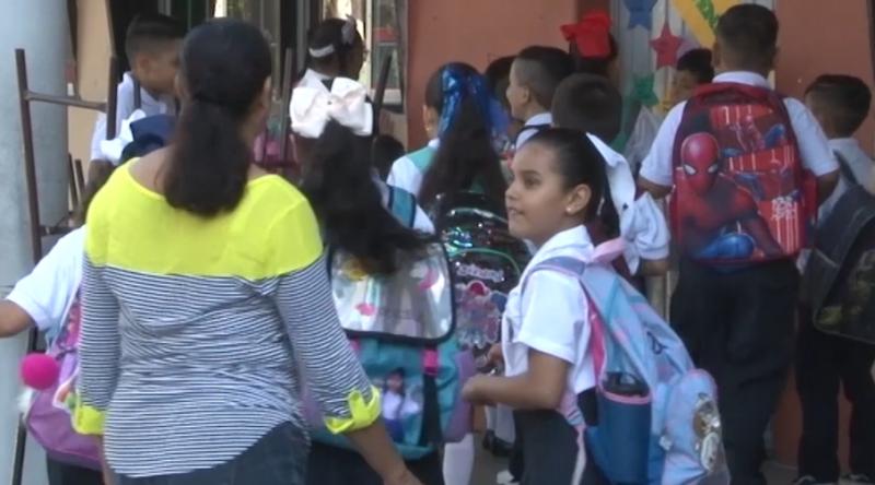 Piden autoridades educativas un mayor acercamiento de padres a hijos