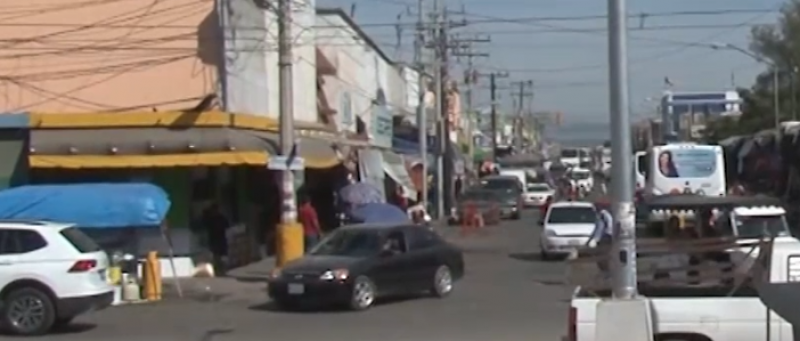 Abusan puestos semifijos de uso de suelo en Mercado Miguel Hidalgo, asegura presidente de locatarios