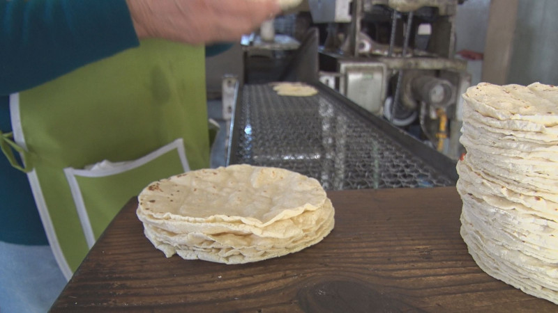 Incrementan 1.00 al kilogramo de tortillas