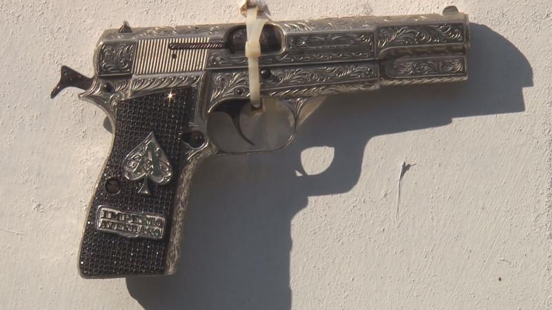 Se mantiene la iniciativa para permitir que las familias puedan adquirir armas para seguridad personal