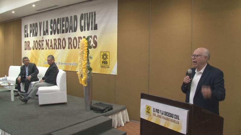 El PRD y los partidos políticos deben cambiar su discurso y presentar propuestas reales a la ciudadanía