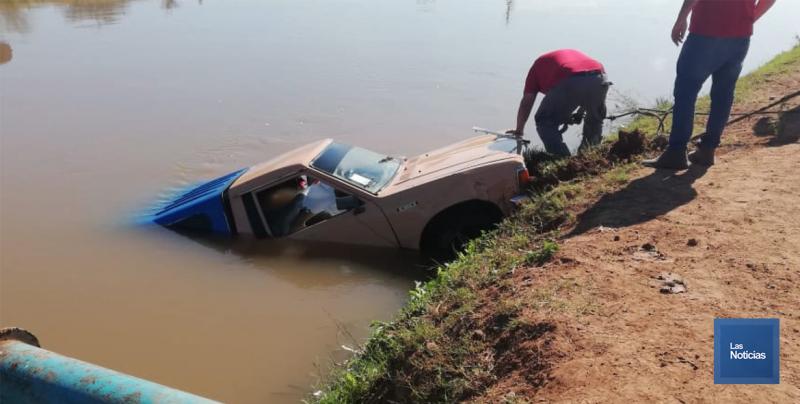 Lograron recuperar el Cuerpo de una persona desaparecida en aguas del Canal Bajo