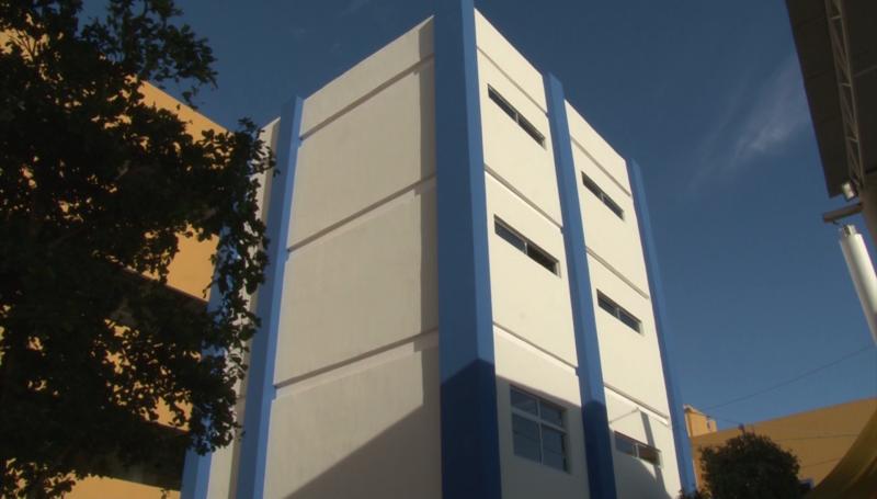 Crece colegio Andes, inauguran nueva torre de usos múltiples
