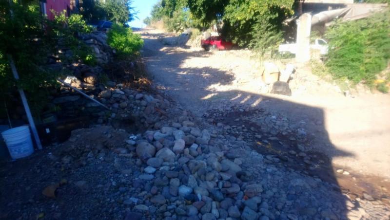 Calles en mal estado en la Lázaro Cárdenas