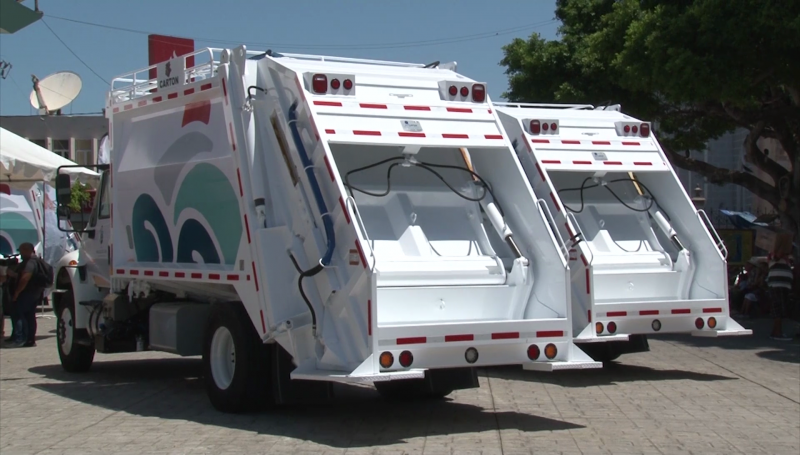 Estrenará Mazatlán camiones recolectores en Semana Santa