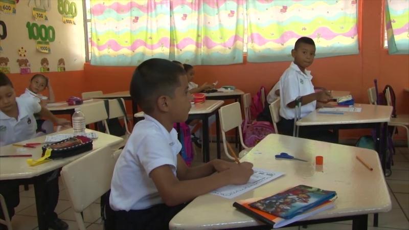 Reanudan clases en planteles educativos