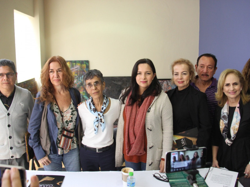Presentan al jurado del Premio Bienal de Artes Visuales, Antonio López Sáenz