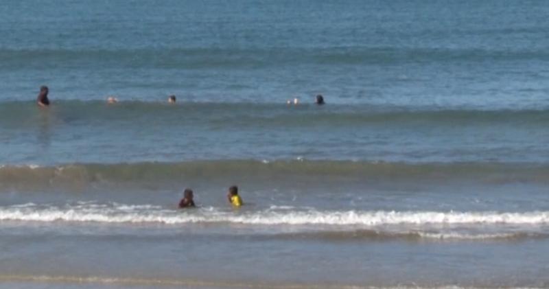 Con fuertes vientos, se prohíbe introducirse al mar