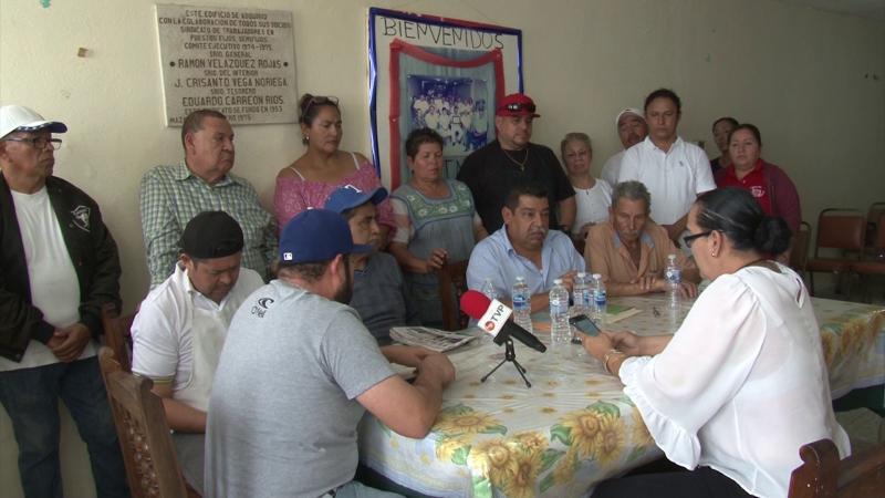 Vendedores de puestos semifijos piden los atienda el Alcalde