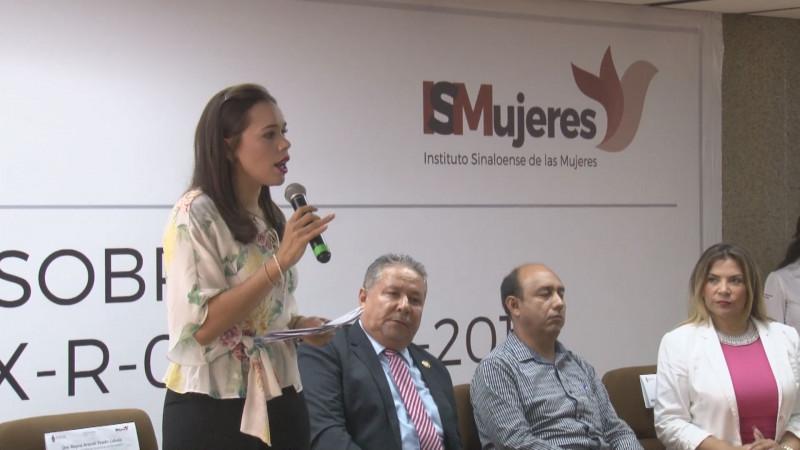 Congreso analiza permanencia de Aracely Tirado en ISMUJERES
